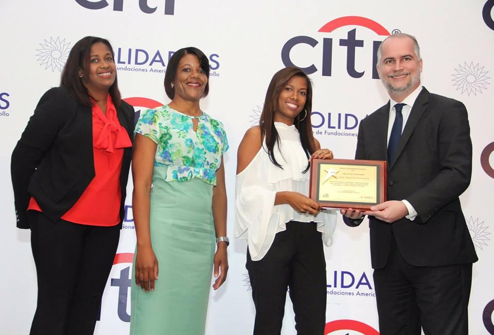 Premio Citi, Joven Emprendedor – Adelfa Fría 2017